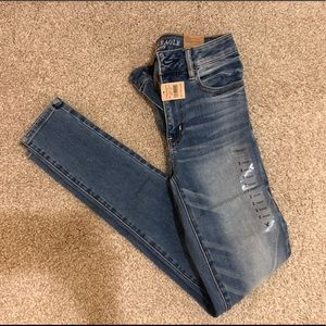 American Eagle light wash, mid-rise, skinny jeans